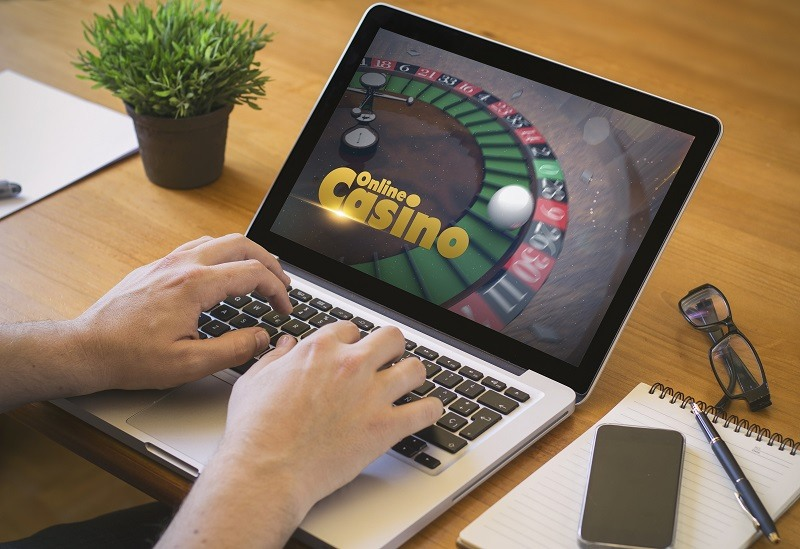 Betting on online casinos is the best option this year